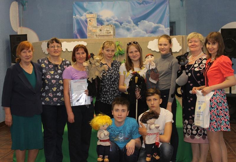 Актеры кукольного театра в п.Ильинский